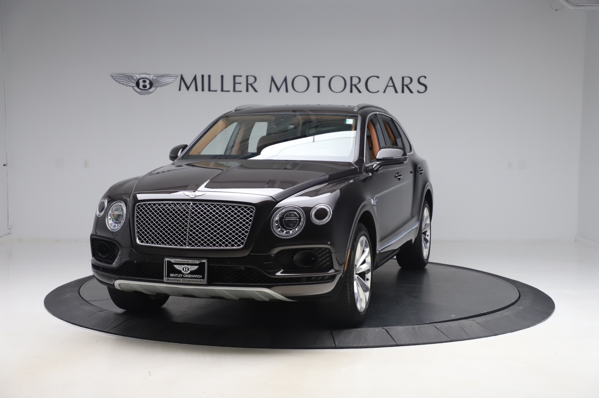 Used 2017 Bentley Bentayga W12 for sale $138,900 at Maserati of Greenwich in Greenwich CT 06830 1