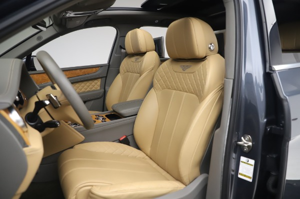 Used 2017 Bentley Bentayga W12 for sale Sold at Maserati of Greenwich in Greenwich CT 06830 19