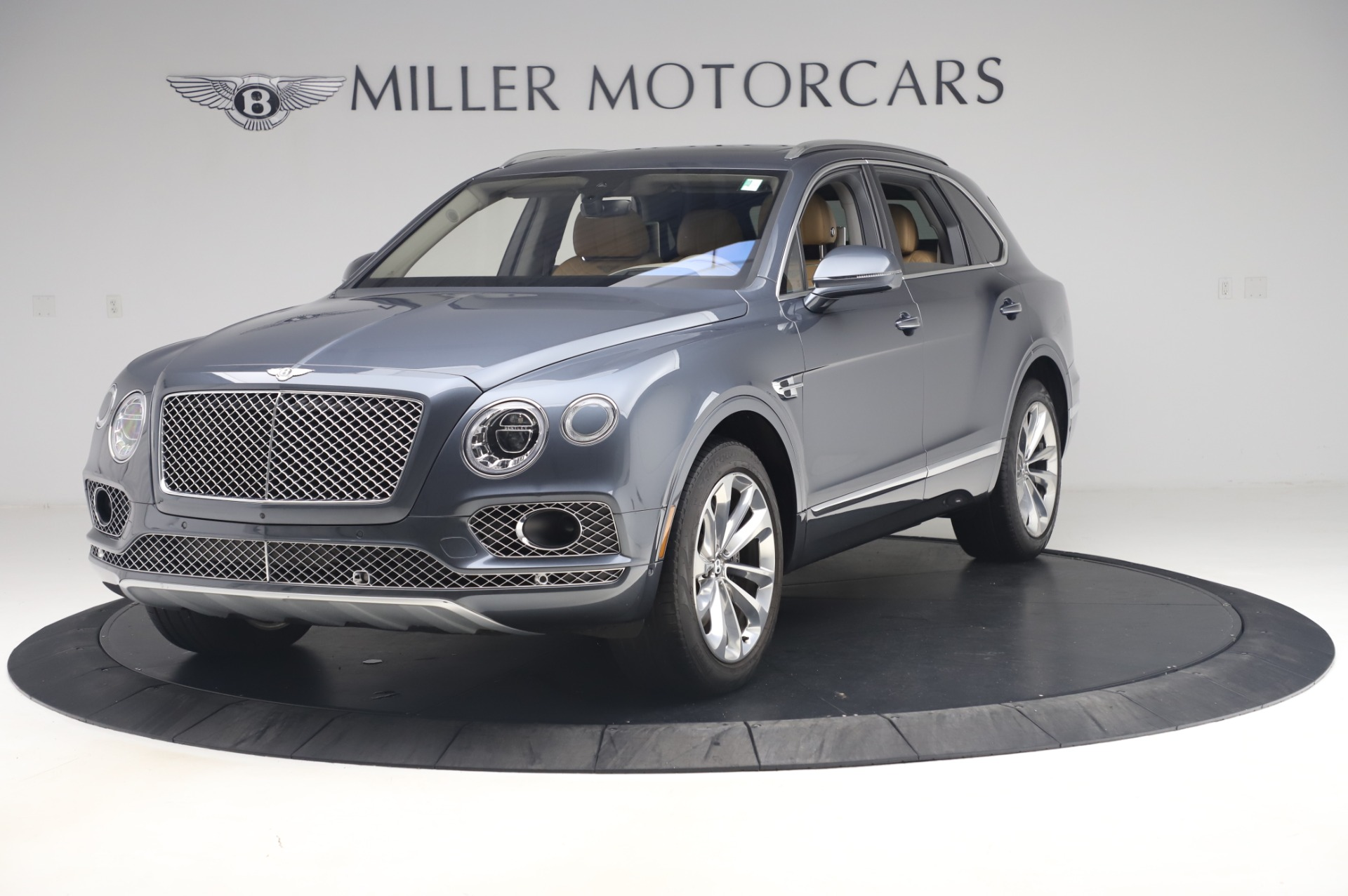 Used 2017 Bentley Bentayga W12 for sale Sold at Maserati of Greenwich in Greenwich CT 06830 1