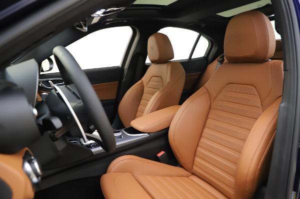 New 2020 Alfa Romeo Giulia Ti Sport Q4 for sale $51,495 at Maserati of Greenwich in Greenwich CT 06830 15