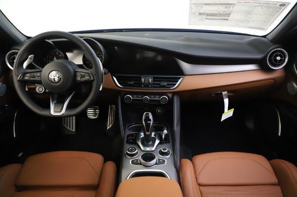 New 2020 Alfa Romeo Giulia Ti Sport Q4 for sale $51,495 at Maserati of Greenwich in Greenwich CT 06830 16