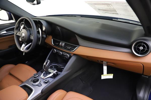 New 2020 Alfa Romeo Giulia Ti Sport Q4 for sale $51,495 at Maserati of Greenwich in Greenwich CT 06830 24