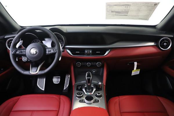 New 2020 Alfa Romeo Stelvio Sport Q4 for sale $50,945 at Maserati of Greenwich in Greenwich CT 06830 16