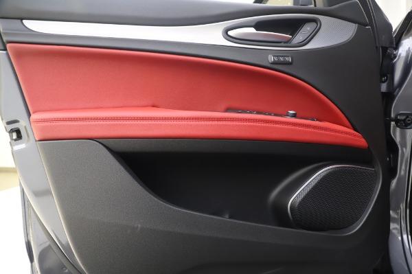 New 2020 Alfa Romeo Stelvio Sport Q4 for sale $50,945 at Maserati of Greenwich in Greenwich CT 06830 17