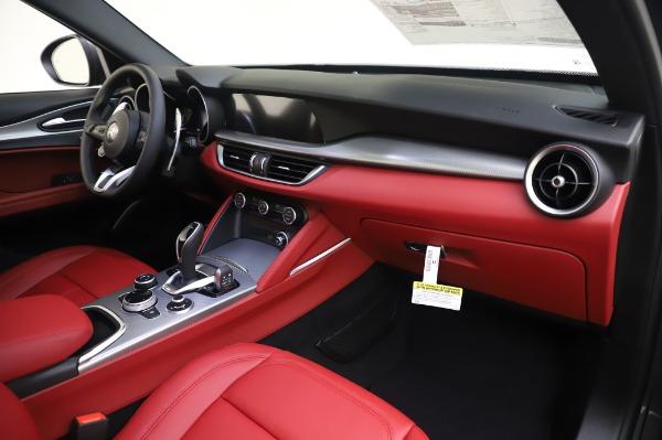 New 2020 Alfa Romeo Stelvio Sport Q4 for sale $50,945 at Maserati of Greenwich in Greenwich CT 06830 19