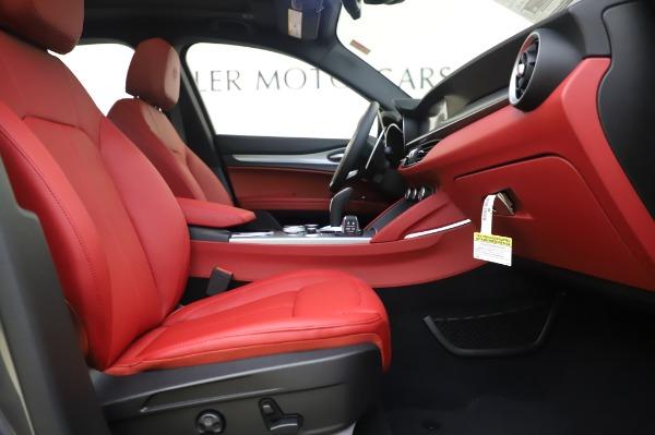 New 2020 Alfa Romeo Stelvio Sport Q4 for sale $50,945 at Maserati of Greenwich in Greenwich CT 06830 20