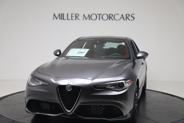 New 2020 Alfa Romeo Giulia Ti Sport Q4 for sale $51,095 at Maserati of Greenwich in Greenwich CT 06830 1
