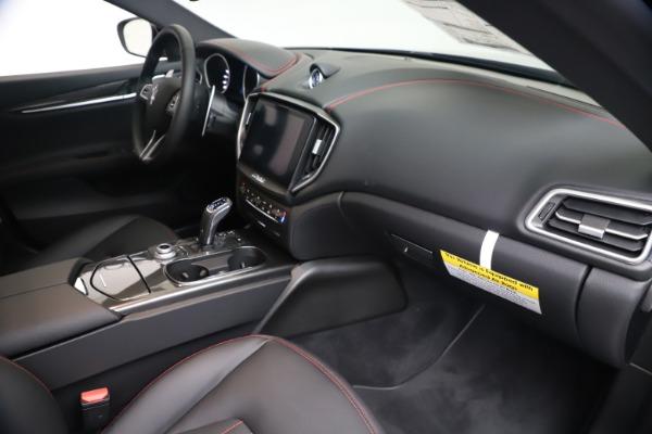 New 2020 Maserati Ghibli S Q4 for sale $87,285 at Maserati of Greenwich in Greenwich CT 06830 22