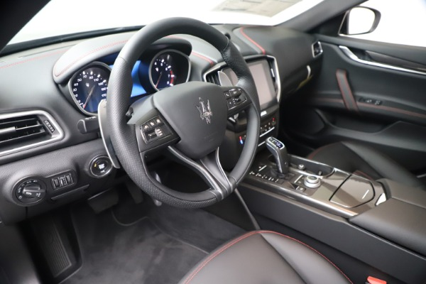 New 2020 Maserati Ghibli S Q4 for sale $87,285 at Maserati of Greenwich in Greenwich CT 06830 13