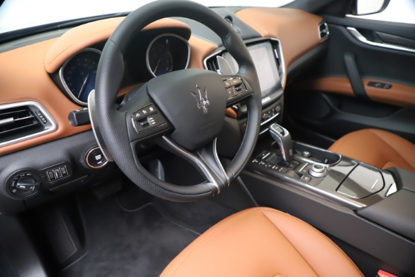 New 2020 Maserati Ghibli S Q4 for sale $87,285 at Maserati of Greenwich in Greenwich CT 06830 13