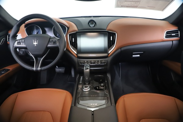 New 2020 Maserati Ghibli S Q4 for sale $87,285 at Maserati of Greenwich in Greenwich CT 06830 16