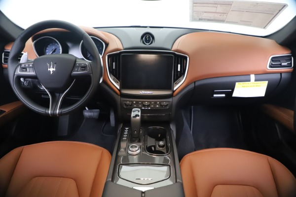 New 2020 Maserati Ghibli S Q4 for sale $69,750 at Maserati of Greenwich in Greenwich CT 06830 16