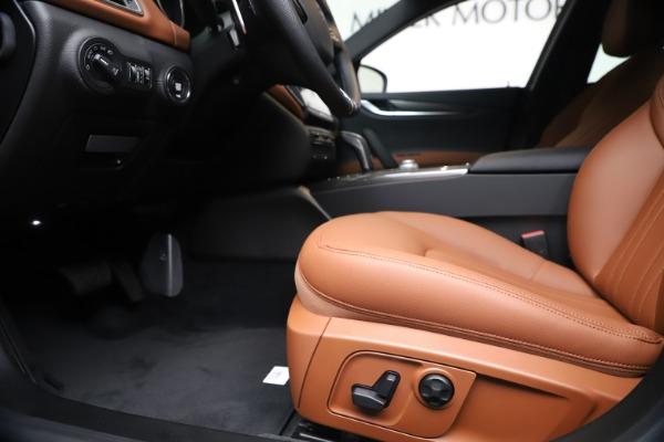 New 2020 Maserati Ghibli S Q4 for sale $87,285 at Maserati of Greenwich in Greenwich CT 06830 14