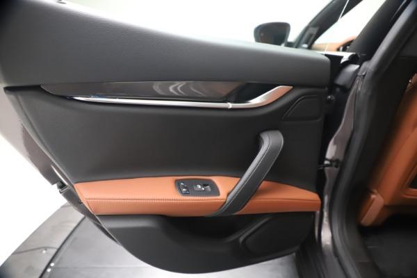 New 2020 Maserati Ghibli S Q4 for sale $87,285 at Maserati of Greenwich in Greenwich CT 06830 21