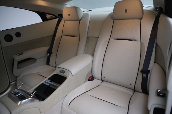 Used 2014 Rolls-Royce Wraith Base for sale $168,900 at Maserati of Greenwich in Greenwich CT 06830 15