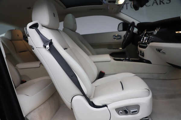 Used 2014 Rolls-Royce Wraith for sale $165,900 at Maserati of Greenwich in Greenwich CT 06830 19