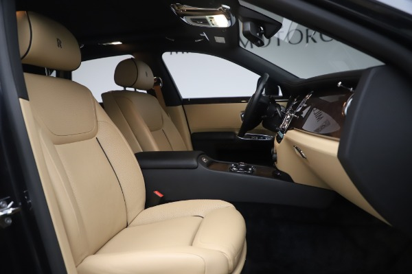 Used 2016 Rolls-Royce Ghost for sale $175,900 at Maserati of Greenwich in Greenwich CT 06830 16