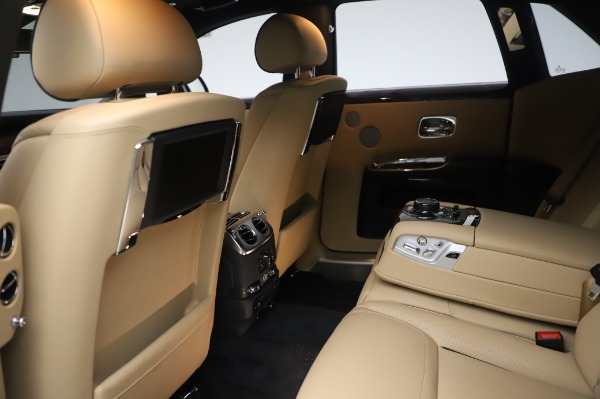 Used 2016 Rolls-Royce Ghost for sale $175,900 at Maserati of Greenwich in Greenwich CT 06830 22