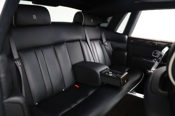 Used 2014 Rolls-Royce Phantom for sale $186,900 at Maserati of Greenwich in Greenwich CT 06830 16