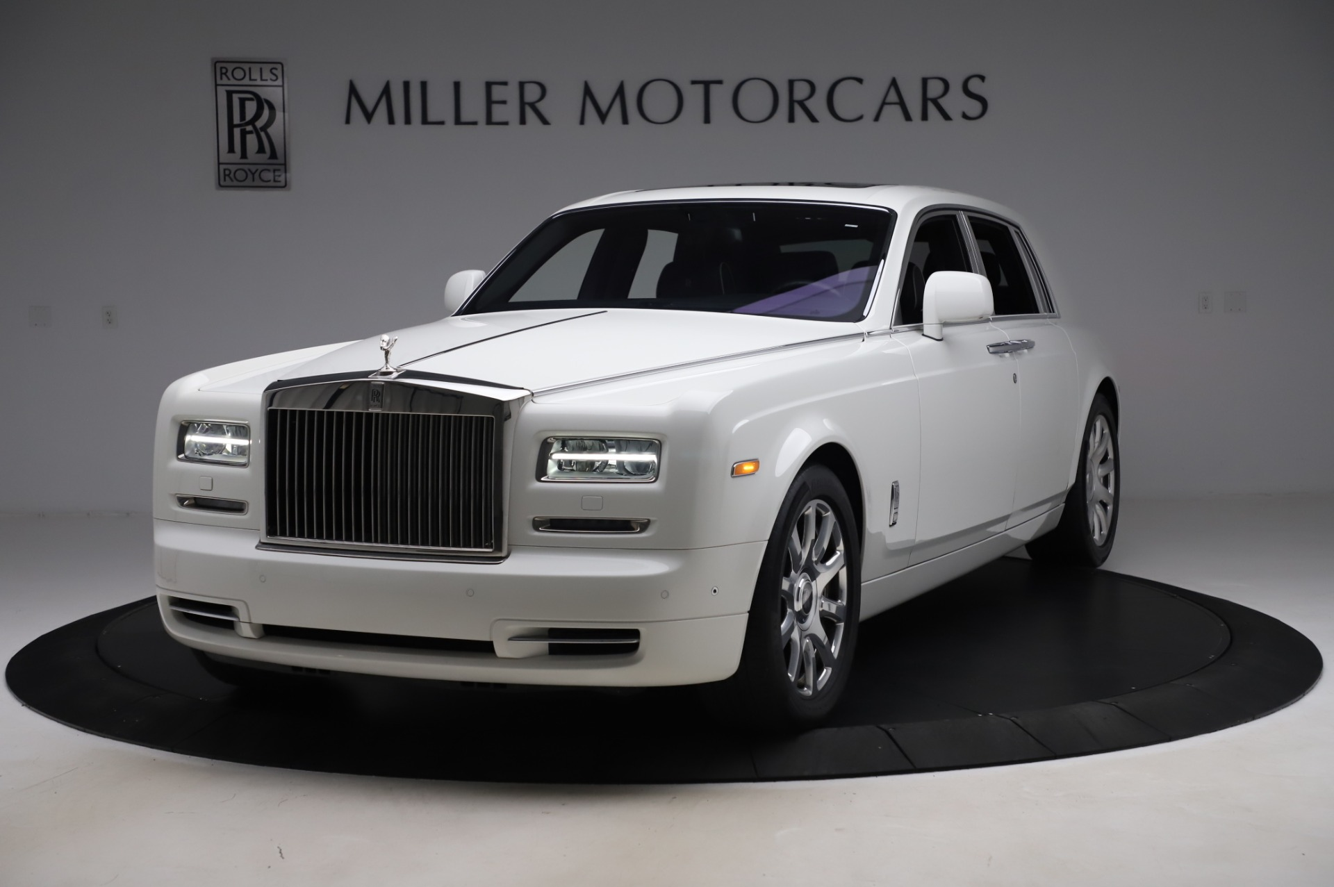 Used 2014 Rolls-Royce Phantom for sale $186,900 at Maserati of Greenwich in Greenwich CT 06830 1