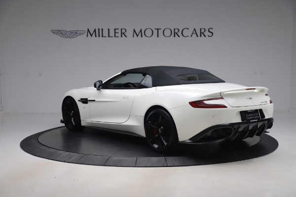 Used 2018 Aston Martin Vanquish S Volante for sale $179,900 at Maserati of Greenwich in Greenwich CT 06830 23
