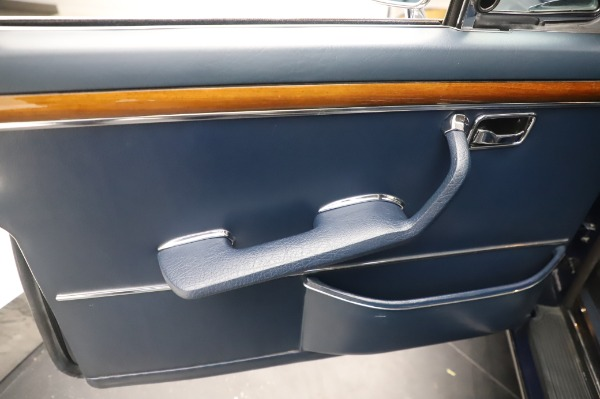 Used 1971 Mercedes-Benz 300 SEL 6.3 for sale Sold at Maserati of Greenwich in Greenwich CT 06830 19