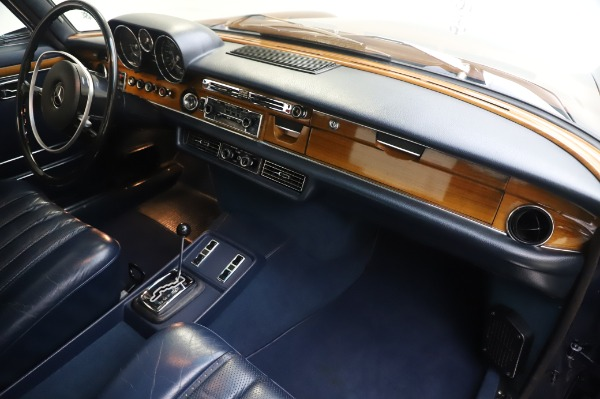 Used 1971 Mercedes-Benz 300 SEL 6.3 for sale Sold at Maserati of Greenwich in Greenwich CT 06830 22