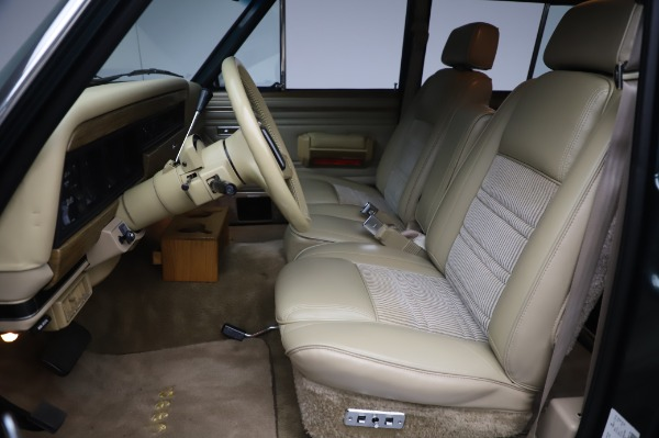 Used 1991 Jeep Grand Wagoneer for sale $89,900 at Maserati of Greenwich in Greenwich CT 06830 13