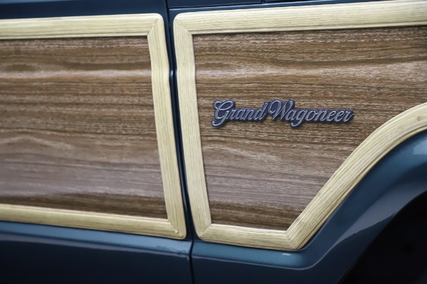 Used 1991 Jeep Grand Wagoneer for sale $89,900 at Maserati of Greenwich in Greenwich CT 06830 28