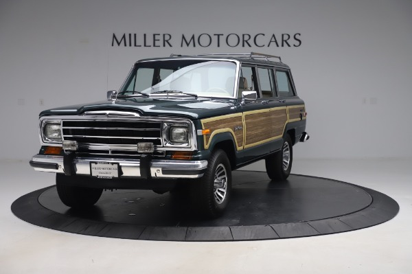 Used 1991 Jeep Grand Wagoneer for sale $89,900 at Maserati of Greenwich in Greenwich CT 06830 1