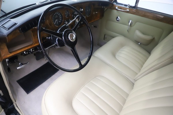 Used 1965 Rolls-Royce Silver Cloud III for sale $99,900 at Maserati of Greenwich in Greenwich CT 06830 14