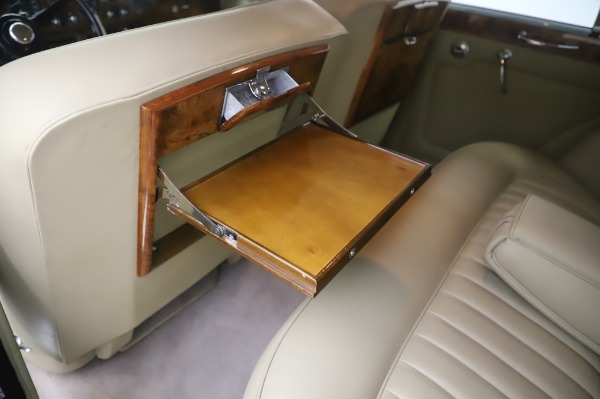 Used 1965 Rolls-Royce Silver Cloud III for sale $99,900 at Maserati of Greenwich in Greenwich CT 06830 20