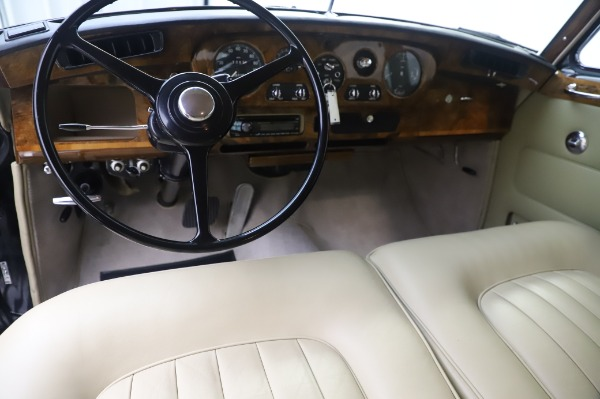 Used 1965 Rolls-Royce Silver Cloud III for sale $99,900 at Maserati of Greenwich in Greenwich CT 06830 21