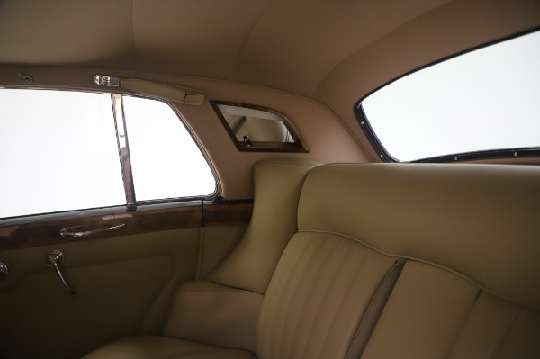 Used 1965 Rolls-Royce Silver Cloud III for sale $99,900 at Maserati of Greenwich in Greenwich CT 06830 22