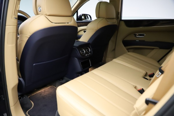 New 2021 Bentley Bentayga V8 for sale Sold at Maserati of Greenwich in Greenwich CT 06830 20