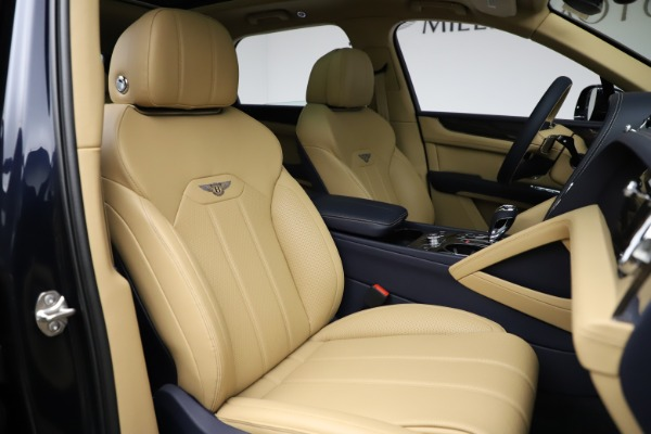 New 2021 Bentley Bentayga V8 for sale Sold at Maserati of Greenwich in Greenwich CT 06830 26