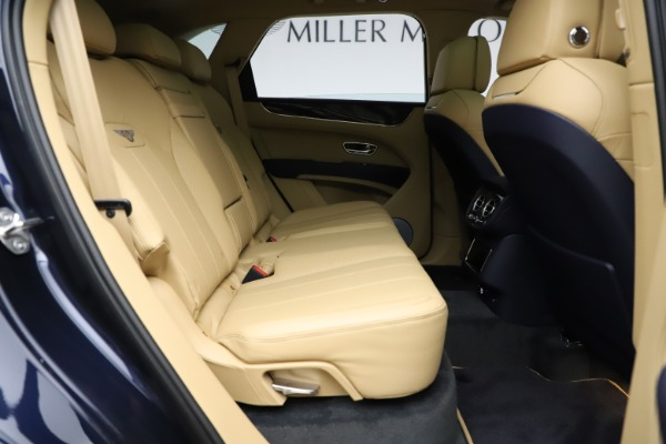 New 2021 Bentley Bentayga V8 for sale Sold at Maserati of Greenwich in Greenwich CT 06830 28