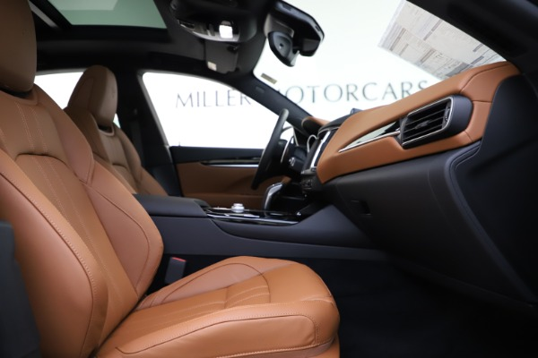 New 2020 Maserati Levante Q4 GranSport for sale $84,285 at Maserati of Greenwich in Greenwich CT 06830 23