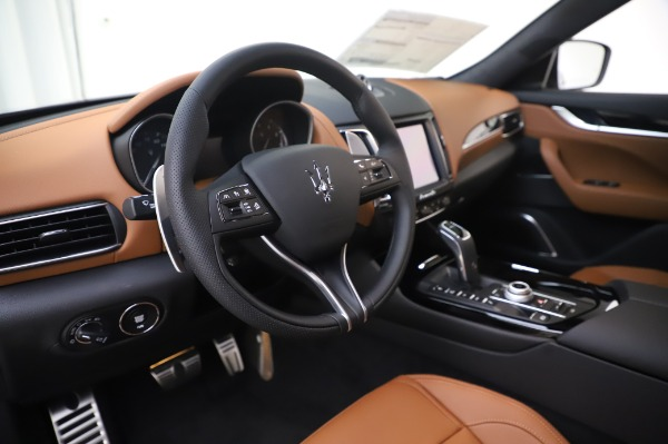 New 2020 Maserati Levante Q4 GranSport for sale Sold at Maserati of Greenwich in Greenwich CT 06830 16