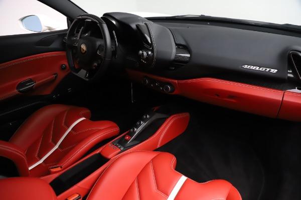 Used 2016 Ferrari 488 GTB Base for sale $239,900 at Maserati of Greenwich in Greenwich CT 06830 17