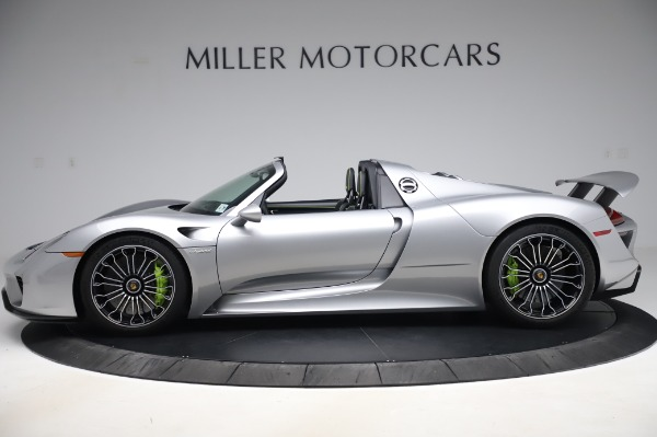 Used 2015 Porsche 918 Spyder for sale $1,389,900 at Maserati of Greenwich in Greenwich CT 06830 3