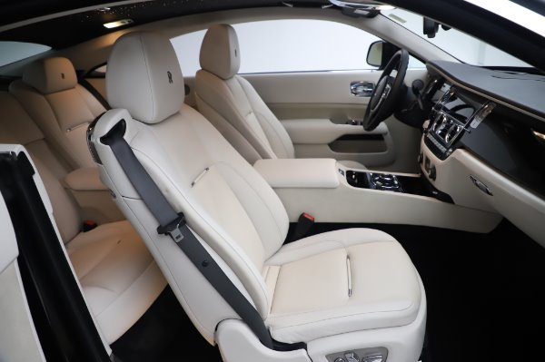 Used 2015 Rolls-Royce Wraith Base for sale $168,900 at Maserati of Greenwich in Greenwich CT 06830 16