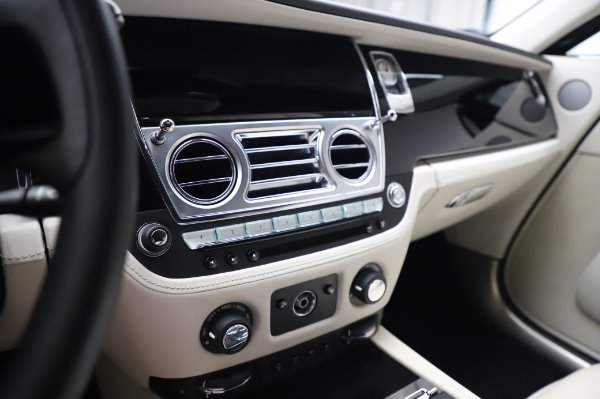 Used 2015 Rolls-Royce Wraith for sale Sold at Maserati of Greenwich in Greenwich CT 06830 22