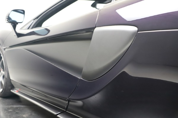 Used 2019 McLaren 570S Spider Convertible for sale $189,900 at Maserati of Greenwich in Greenwich CT 06830 26