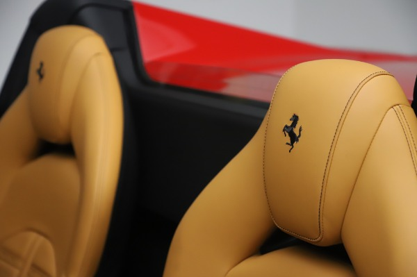 Used 2018 Ferrari 488 Spider Base for sale $289,900 at Maserati of Greenwich in Greenwich CT 06830 20