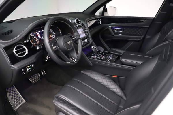 Used 2018 Bentley Bentayga Black Edition for sale Call for price at Maserati of Greenwich in Greenwich CT 06830 19