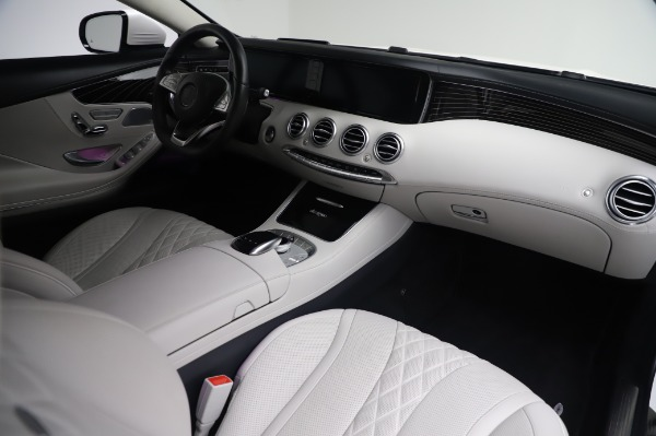 Used 2015 Mercedes-Benz S-Class S 550 4MATIC for sale Sold at Maserati of Greenwich in Greenwich CT 06830 19