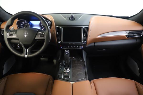 New 2020 Maserati Levante Q4 GranLusso for sale Sold at Maserati of Greenwich in Greenwich CT 06830 16