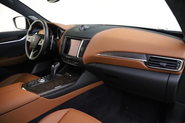 New 2020 Maserati Levante Q4 GranLusso for sale Sold at Maserati of Greenwich in Greenwich CT 06830 24