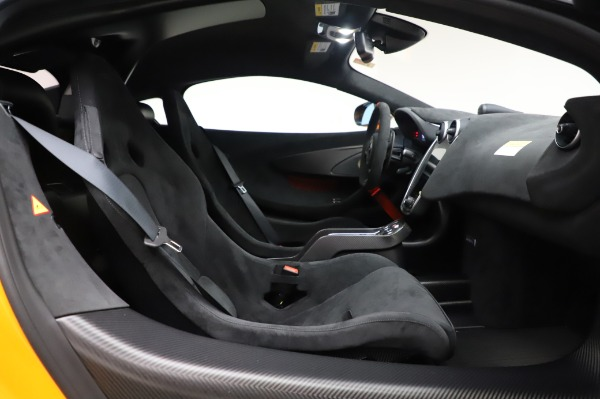 New 2020 McLaren 620R Coupe for sale Call for price at Maserati of Greenwich in Greenwich CT 06830 26
